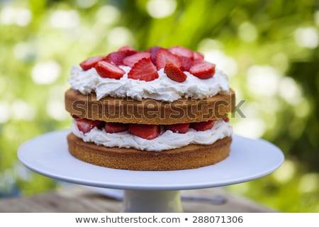 チーズケーキ · イチゴ · ソース · 食品 · 葉 · フルーツ - ストックフォト © digifoodstock