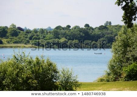 Krawędź wody zbiornik pusty łodzi jezioro Zdjęcia stock © sarahdoow