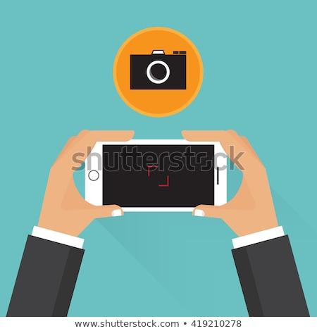emberek · elvesz · szuvenír · kép · mobil · telefon - stock fotó © lunamarina