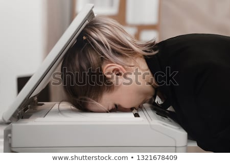 Túlhajszolt nő pihen boglya irat akták Stock fotó © Hofmeester