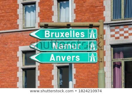Assinar instruções Bélgica cidade velha edifício cidade Foto stock © dinozzaver