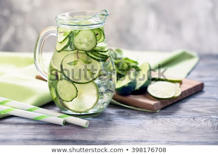 pepino · coquetel · vodka · água · gelo · bar - foto stock © m-studio