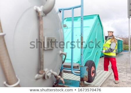 Hareketli tuvalet teslim kamyon iş kadın çalışmak Stok fotoğraf © Kzenon