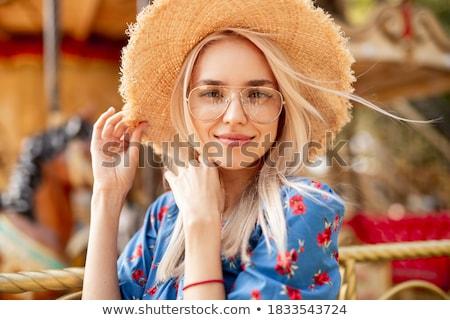 肖像 女性 麦わら帽子 ホーム 背景 帽子 ストックフォト © photography33
