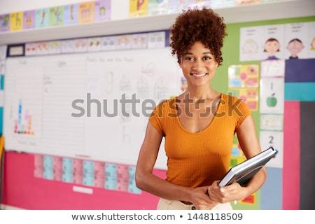 肖像 女 小學 老師 常設 課堂 商業照片 © monkey_business
