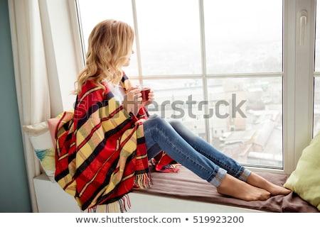 kadın · yandan · görünüş · gözleri · kapalı · el · uygunluk - stok fotoğraf © is2