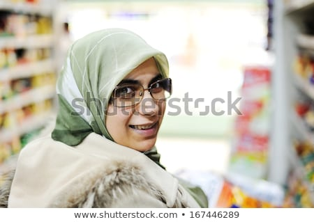 vrouw · winkelen · lopen · interieur - stockfoto © monkey_business