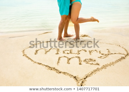 Ma text cuplu plajă forma de inima Imagine de stoc © AndreyPopov