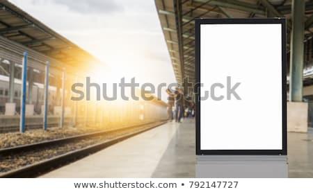stazione · ferroviaria · cartello · stradale · metal · verde · traffico · bianco - foto d'archivio © pinkblue