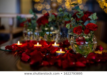 kettő · piros · virágok · fehér · tükröződések · virág · szeretet - stock fotó © smithore