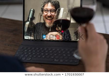 elegante · mujer · copa · de · vino · alimentos - foto stock © spectral