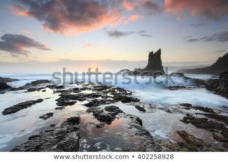 katedry · skał · skały · wulkaniczne · jezioro · Nowa · Zelandia - zdjęcia stock © lovleah