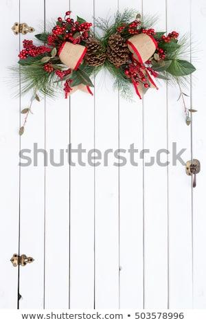 Beyaz ahır kapı rustik Noel dekorasyon Stok fotoğraf © ozgur