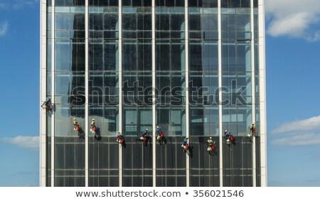 Dubai ablak karbantartás legénység takarítás ablakok Stock fotó © alexeys