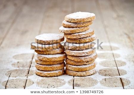 Frescos avena cookies azúcar polvo primer plano Foto stock © marylooo
