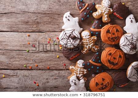 Házi készítésű finom gyömbér kekszek halloween fa asztal Stock fotó © olira