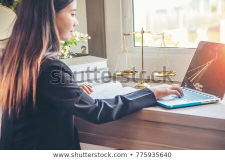 Defter hukuk firma bayan adalet heykel Stok fotoğraf © limbi007