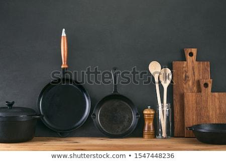 Nero utensile da cucina alimentare sfondo cucina acciaio Foto d'archivio © ozaiachin