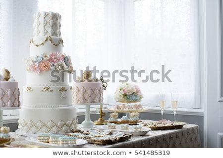 fehér · esküvői · torta · ezüst · dekoráció · esküvői · csokor · édes - stock fotó © kmwphotography