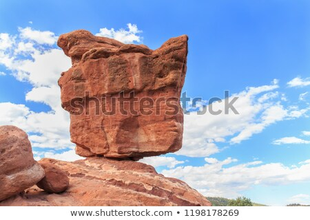 Balancing rock in Garden of the Gods Stock photo © AndreyKr