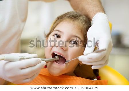 患者 · 歯科 · 深い · 歯 · 洗浄 · 歯科 - ストックフォト © kzenon