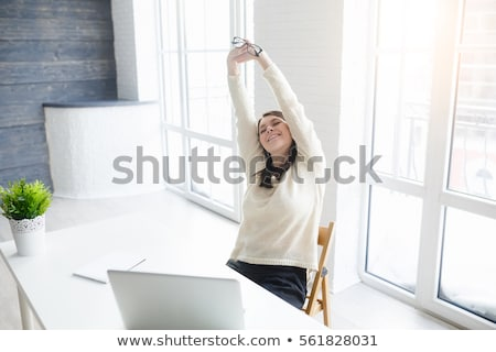 jonge · zakenman · elegante · stoel · kantoor - stockfoto © andreypopov