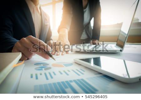 discutir · novo · idéias · foto · três · colegas - foto stock © freedomz