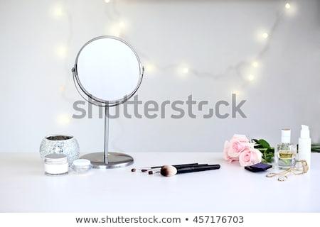 Foto stock: Conjunto · make-up · espelho · branco · moda · pintar