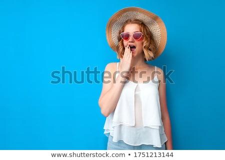 Genç kız şapka plaj su kız kadın Stok fotoğraf © koca777