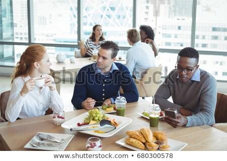 пить таблице бизнеса коллеги служба Сток-фото © wavebreak_media