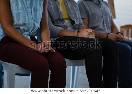 взрослых студентов рук сидят Председатель искусства Сток-фото © wavebreak_media