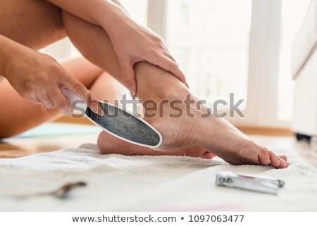 Femme pédicure spa Homme séance loisirs Photo stock © IS2