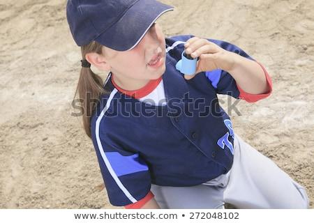 Jogador de beisebol asma crise menina criança medicina Foto stock © Lopolo
