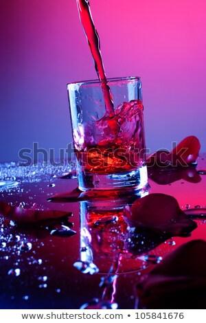 空っぽ ブランデー ガラス ピンクのバラ 反射 バラ ストックフォト © nuttakit