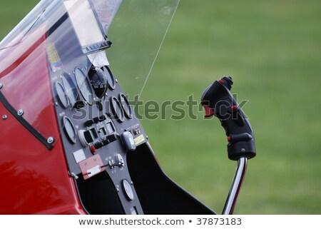 Cabine do piloto vermelho verde avião instrumento aeronave Foto stock © manfredxy