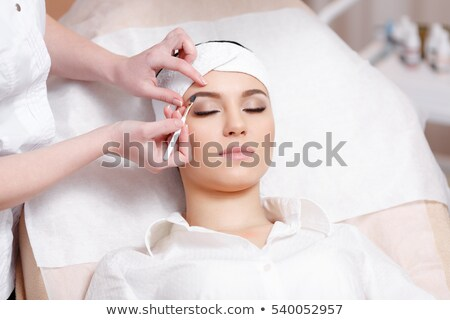 yukarı · kadın · tedavi · hizmetleri · güzel · bir · kadın - stok fotoğraf © lordalea
