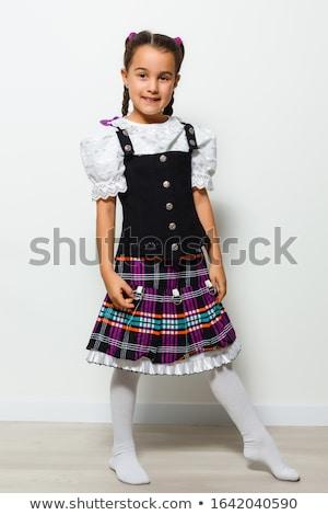 Foto stock: Little · girl · tradicional · traje · sorridente · feliz · bebê