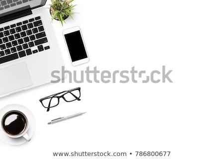 mesa · ordenador · flores · taza · de · café - foto stock © ozgur