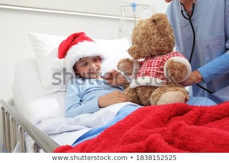 Beteg gyermek kórház szemek gyógyszer ágy Stock fotó © zurijeta