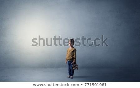 Pequeno criança quarto vazio sozinho grande pelúcia Foto stock © ra2studio
