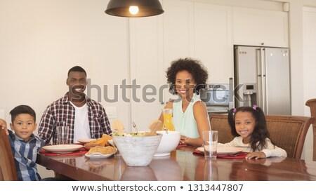 Gelukkig afro-amerikaanse familie vergadering Stockfoto © wavebreak_media