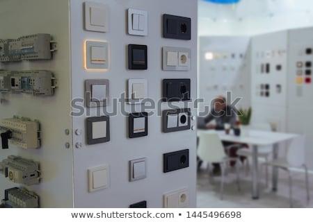 électricien interrupteur de lumière construction mur travaux lumière Photo stock © photography33