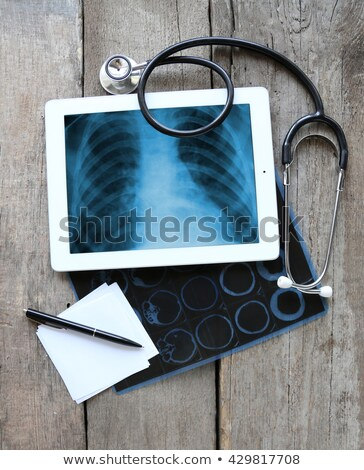 Display medici tablet diagnosi nero stetoscopio Foto d'archivio © tashatuvango