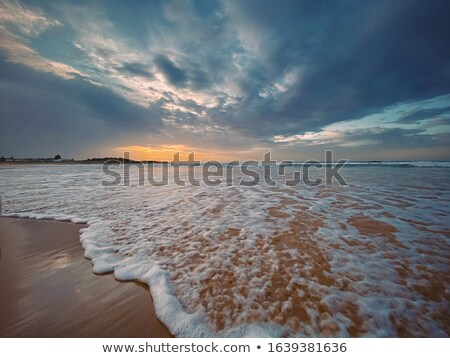 óceán · móló · viharos · nap · fából · készült · hullámok - stock fotó © lovleah