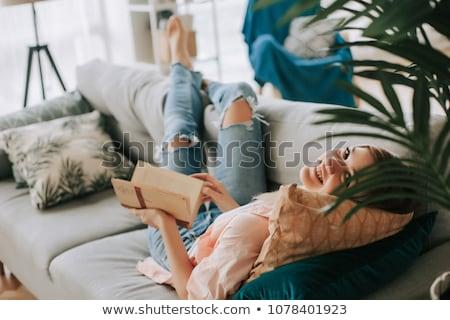 genç · kadın · okuma · beyaz · kitap · okul · çalışmak - stok fotoğraf © nobilior