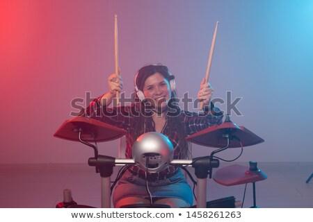Feminino jogar tambor boate concerto Foto stock © wavebreak_media