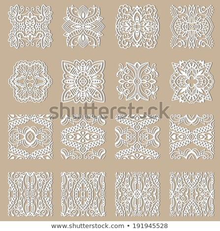 Monocrom decorativ damasc etnic abstract Imagine de stoc © lissantee