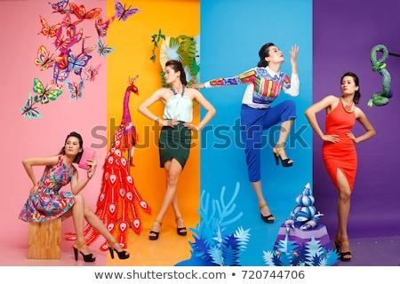 Vier kleurrijk gelukkig achtergrond groene groep Stockfoto © colematt
