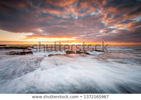 hullámok · tenger · gyönyörű · égbolt · tengeri · kilátás · tengerpart - stock fotó © lovleah