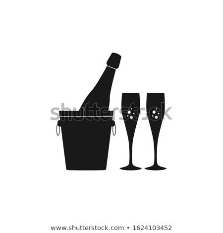 Champagne bouteille glace seau verres flûte Photo stock © karandaev